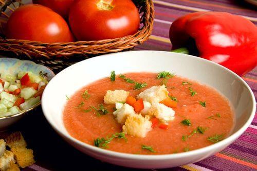 gazpacho prato tipico do sul da espanha