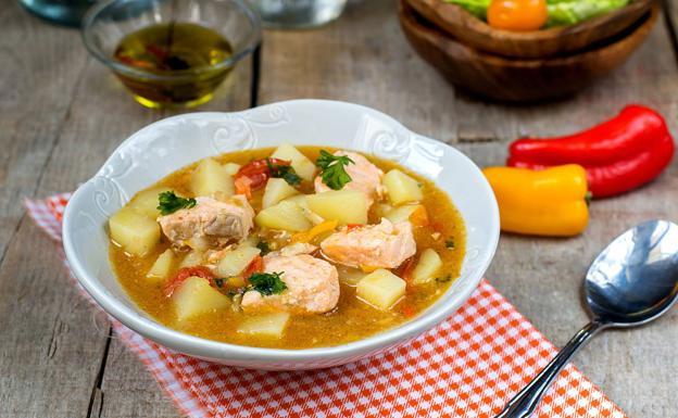 marmitako prato tipico do pais vasco no norte da espanha