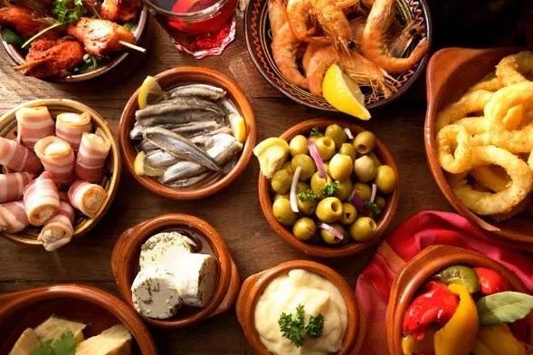 tapas de andaluzia. culinaria espanhola do sul