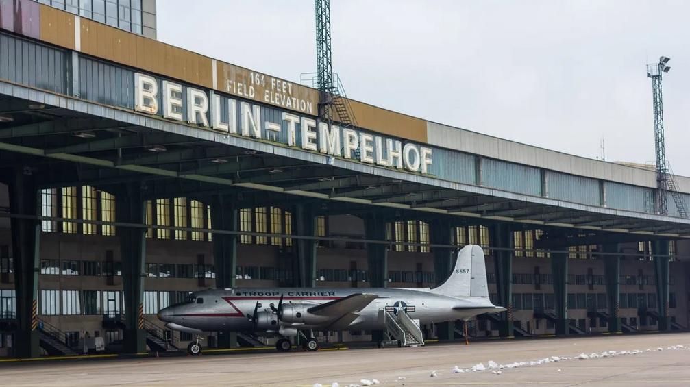 Tempelhofer feld - Antigo aeroporto nazista em berlim