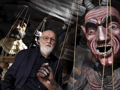 jan svankmajer cineasta surrealista tcheco com suas marionetes gigantes