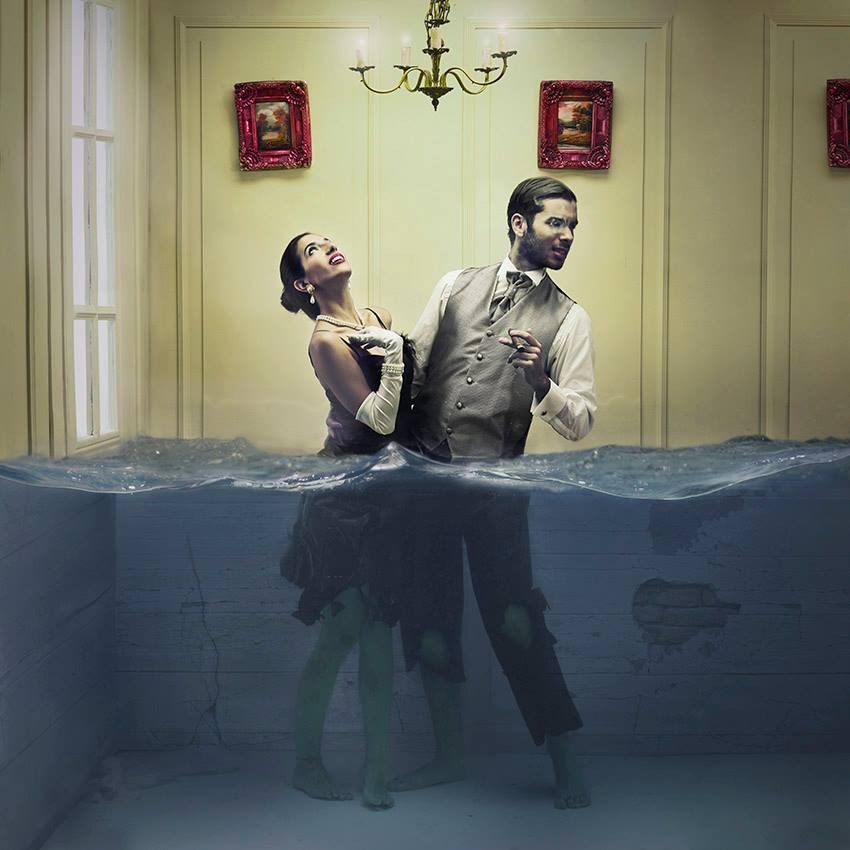 Lara Zankoul - Fotógrafa surrealista casal vestido embaixo da agua